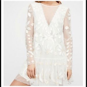 72fda3bf6e14f Free People Dresses - Free People Hearts Are Wild White Mini Dress Tunic